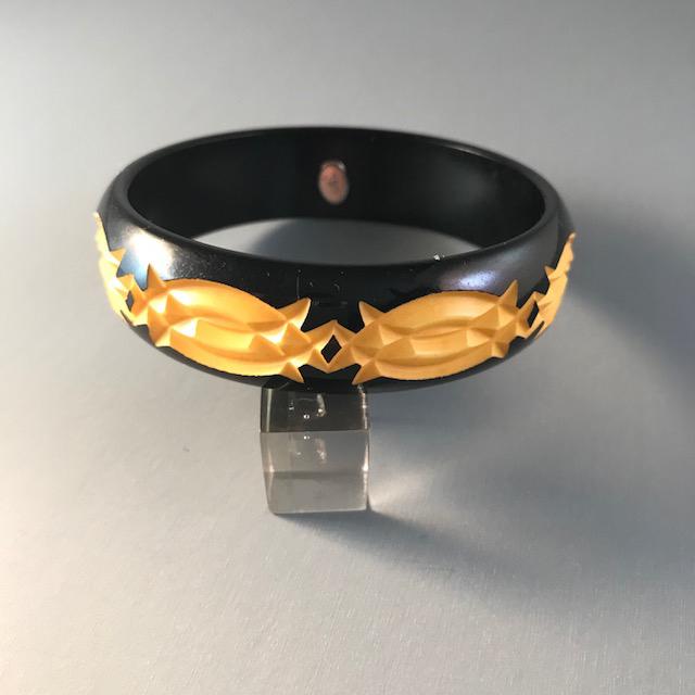 Gift for Her Vintage 1970s Rare Original Signed dvf for Diane von Furstenberg Carved Red and Black Overdyed Bakelite Bangle Bracelet