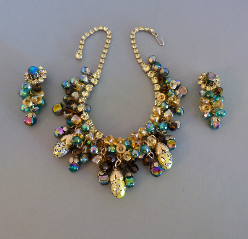 HOBE lush glass beads necklace and earrings set - Morning Glory ...