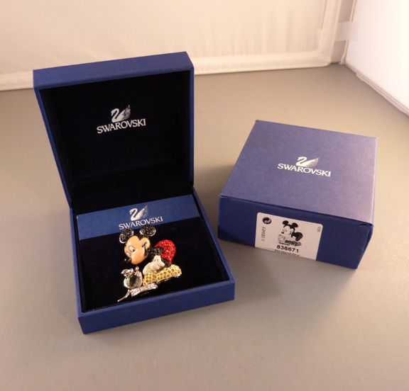SWAROVSKI 2005 Disney Mickey Mouse brooch with boxes Morning Glory