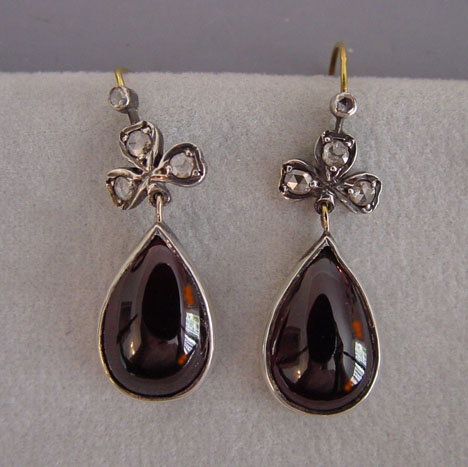 Garnet Teardrop Shaped Cabochons And Rose Cut Diamond Earrings With Shamrock Tops 14k Wires 1 8 These Are 20th Century Made To Look