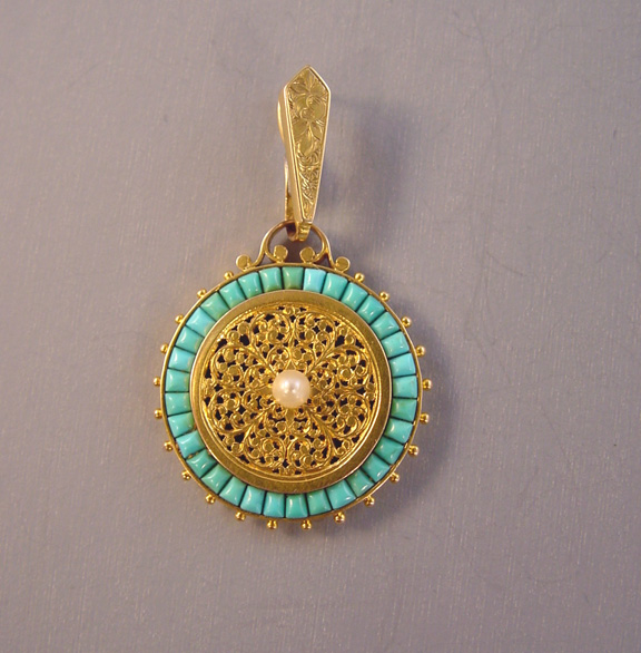 VICTORIAN 18k yellow gold Persian turquoise pendant Morning