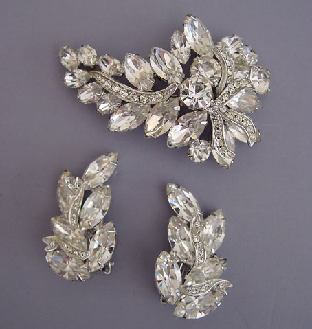 Weiss Necklace Bracelet And Brooch Earrings In Dazzling Clear Rhinestones Circa 1960 15 17 7 By
