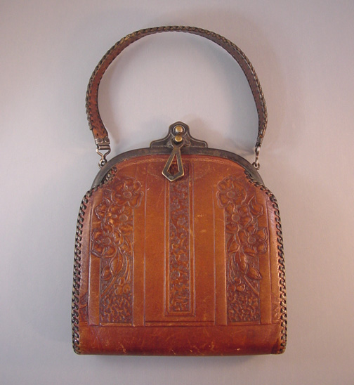 BOSCA BUILT Arts & Crafts leather purse with